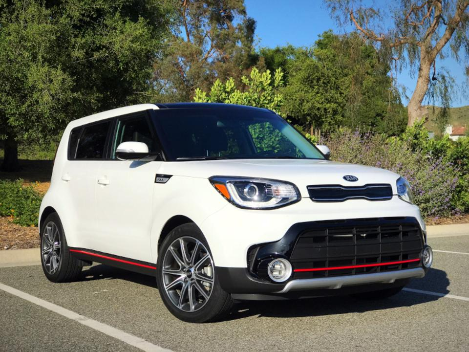 2017 kia soul boosts itself to top of segment ancira. Black Bedroom Furniture Sets. Home Design Ideas
