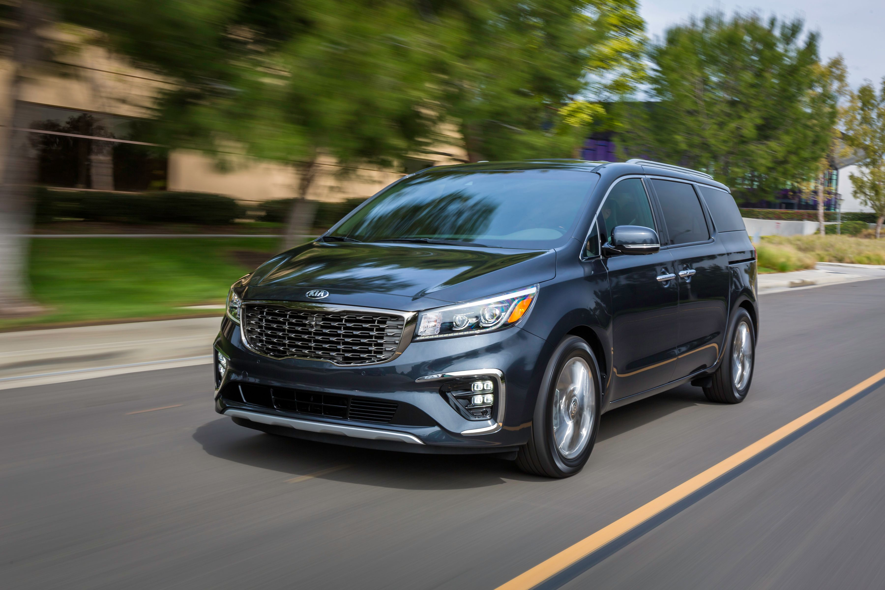 New Sedona Will Debut at the New York Auto Show in April ...